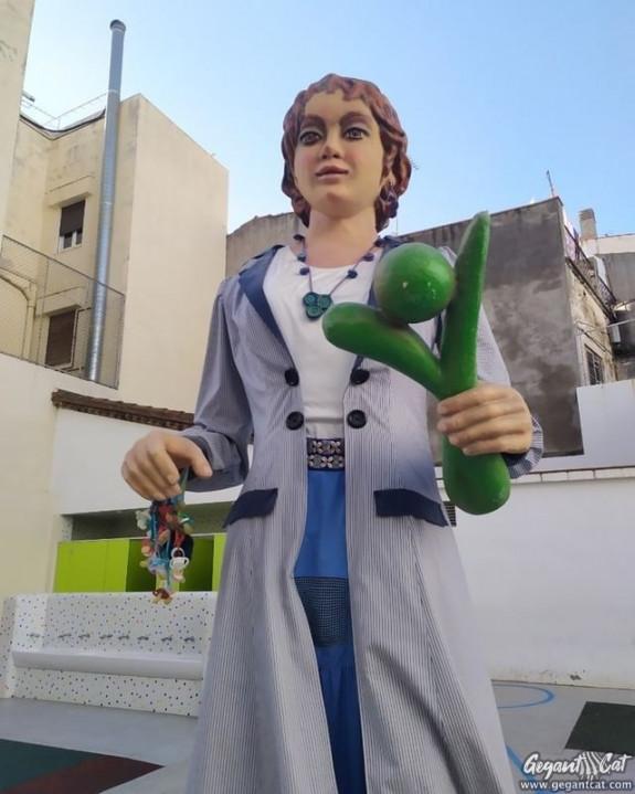 Geganta de l'Escola Pia Santa Anna de Mataró